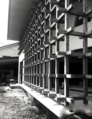 格子の家.jpg